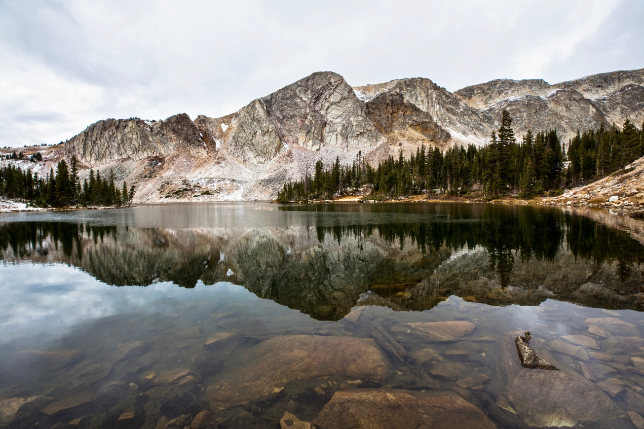 4_Mountain_Reflection_Lake_Marie_WY