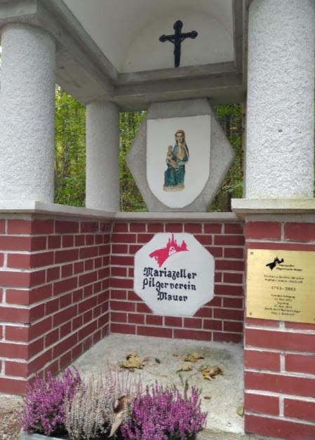 Via_Sacra_pilgrimage_shrine