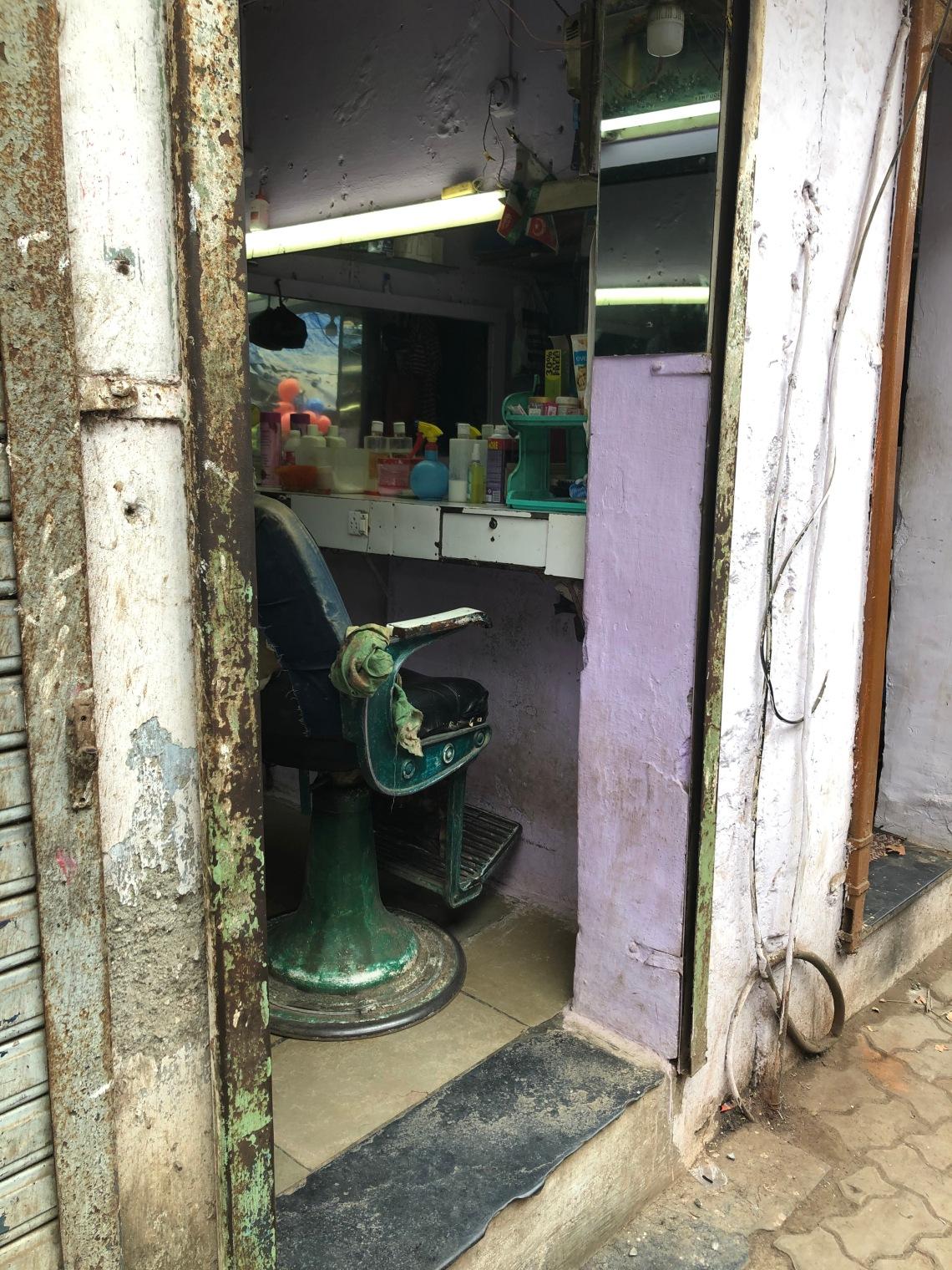 Dharavi_Barber_Shop_Elana_Wolff