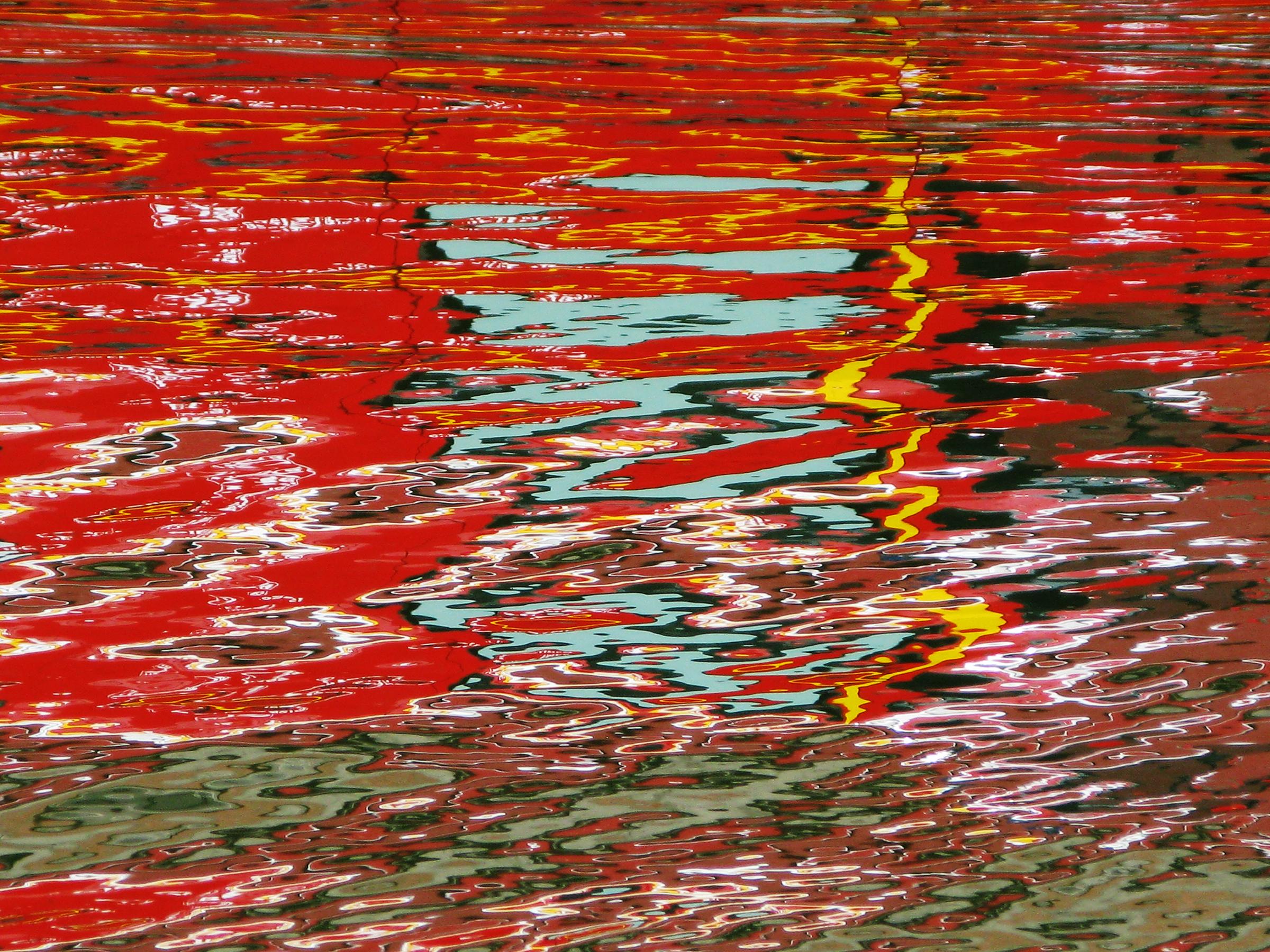 Firetruck_reflection_1_Canal_St_Martin_Paris_copy